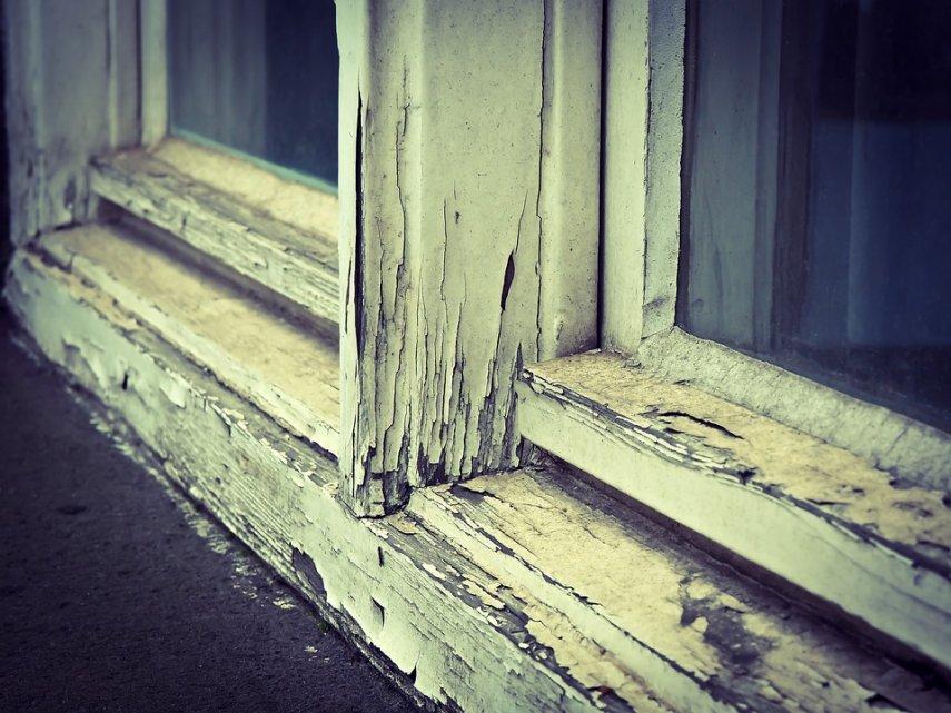rotting_window_frame_1456313960_w855